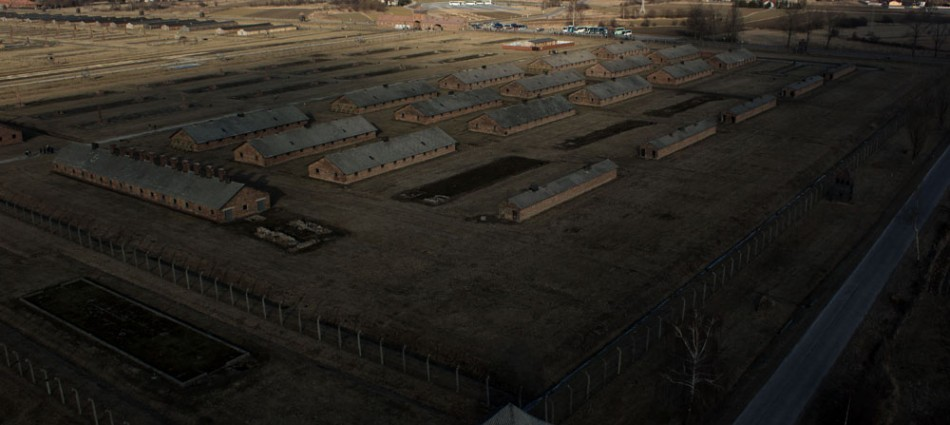 Obóz koncentracyjny Birkenau - z lotu ptaka